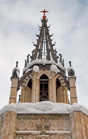 Верхушка церкви Петра и Павла