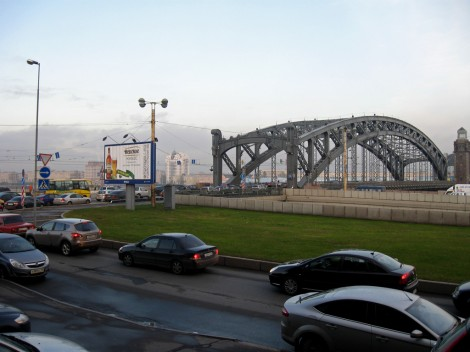 Охта-Центр за мостом Петра Великого