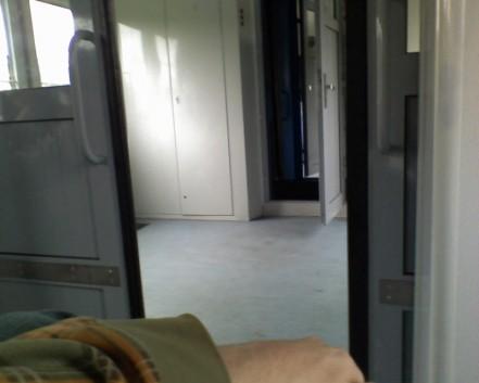 Поезд Плесков тамбур