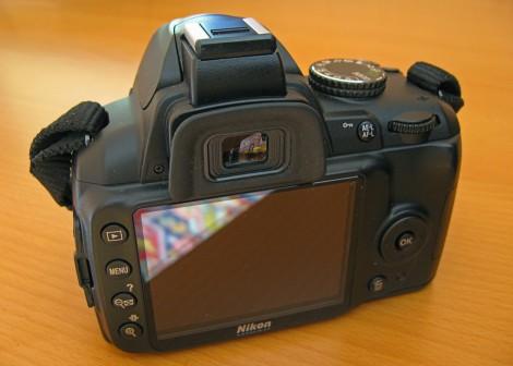 Задняя сторона Nikon d3000
