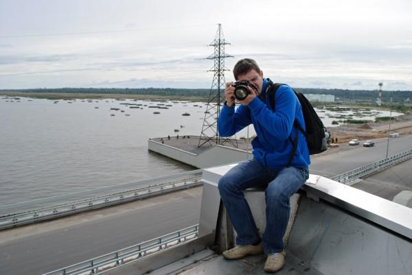 Amacumara фотографирует сидя на башне