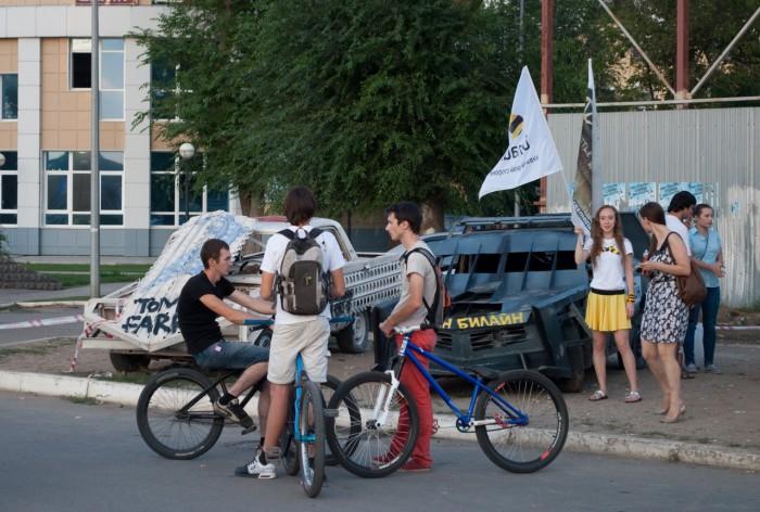 Велосипедисты, билайн и робомашины
