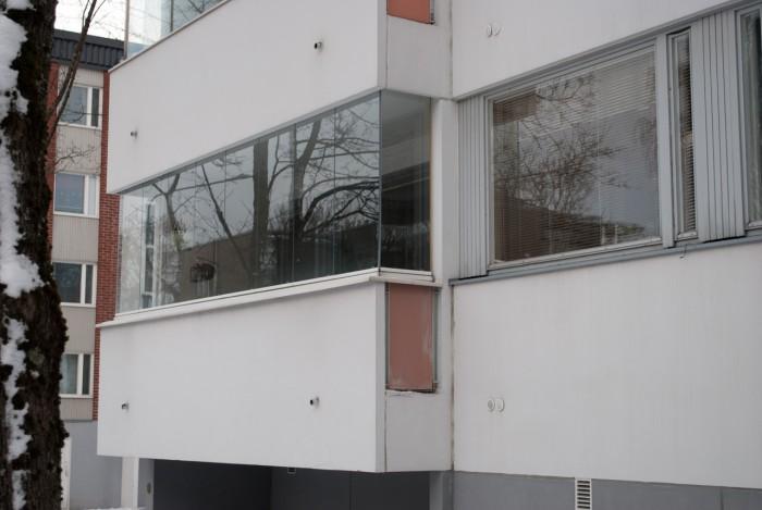 Балкон поближе