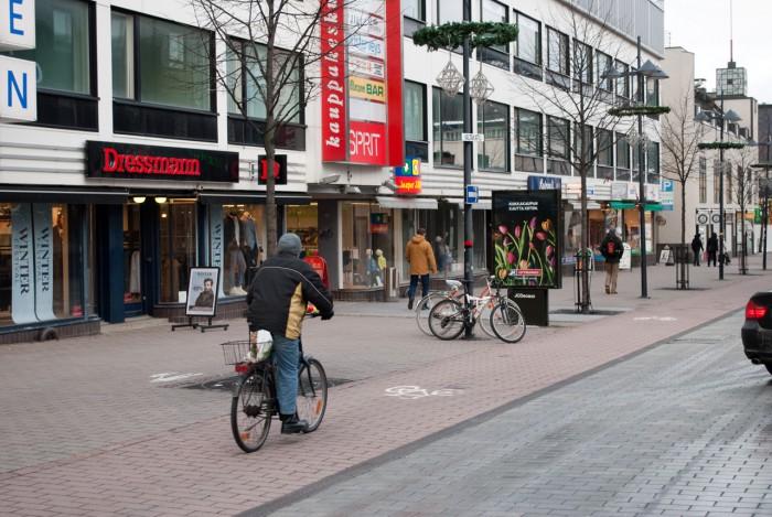 На велосипеде за покупками