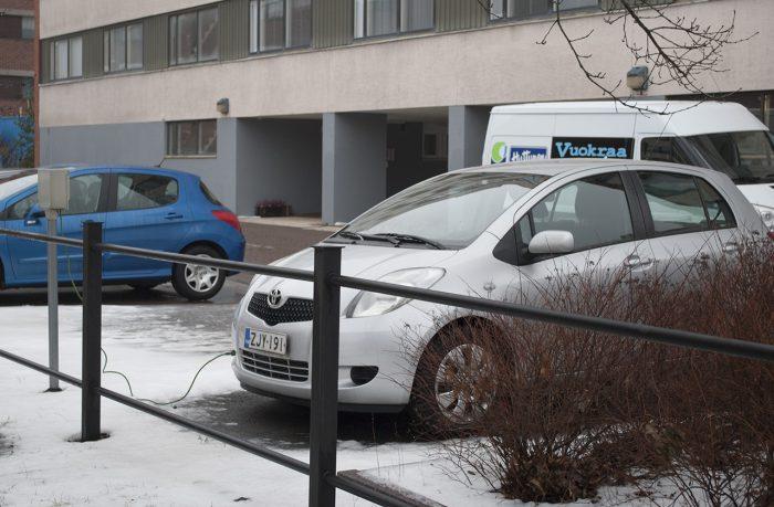 Машинка обедает электричеством