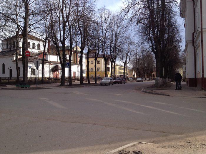 Улица Тихвинская