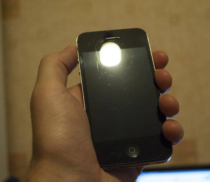Царапины на iPhone 4s через 4 года
