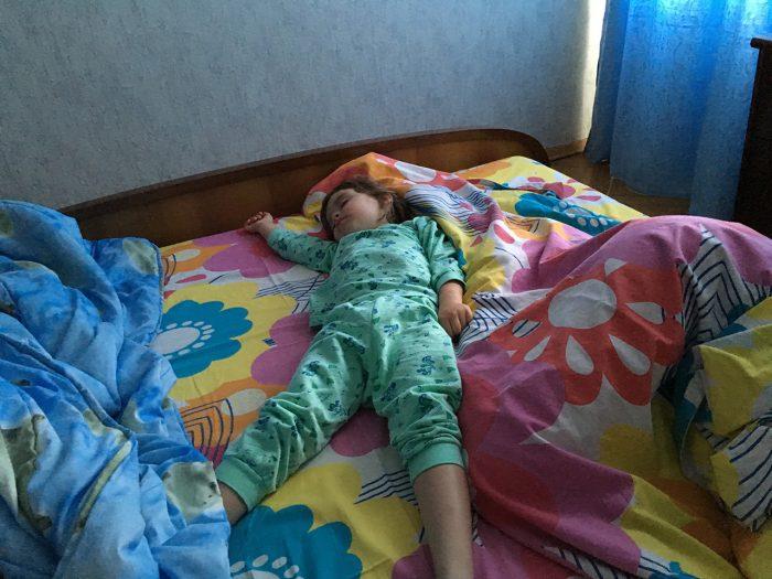 Минск Маша на кровати