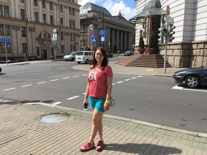 Рита на перекрёстке в Минске