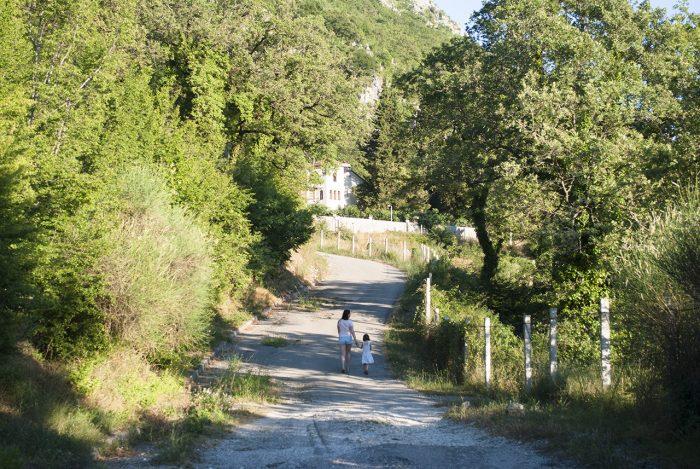 Горная дорога в рядом Будвой в Черногории