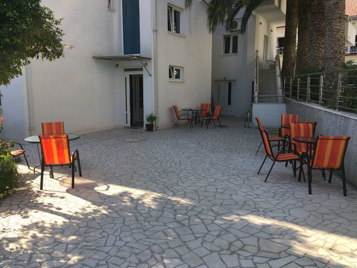Территория villa lazovic