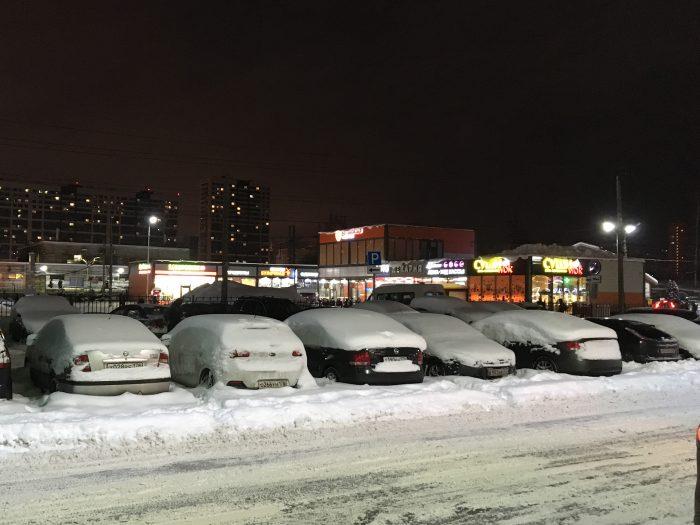 Незаконный автовокзал в Девяткино