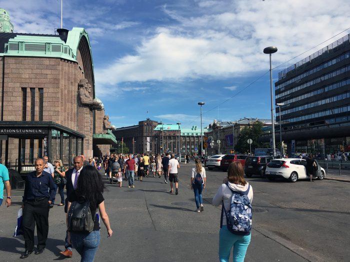 Площадь у вокзала в Хельсинки