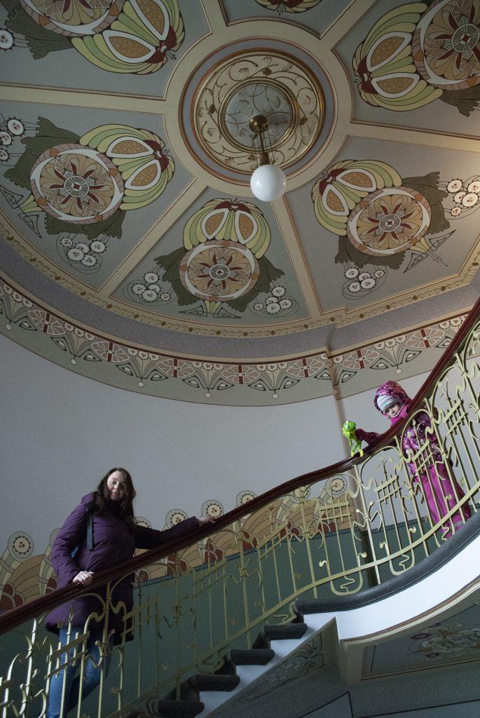 Лестница музея югендштиля в Риге