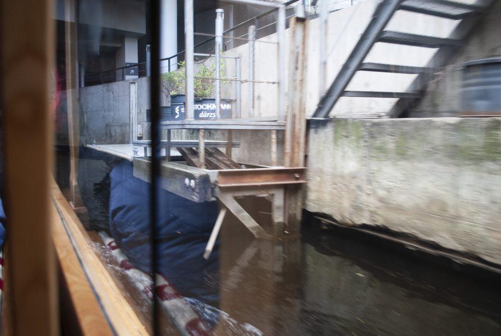 Тоннель под Стокманом в Риге