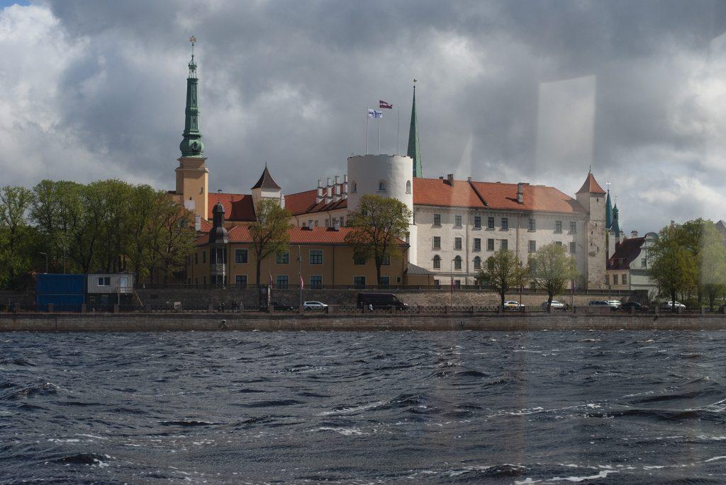Рижский замок вид с воды