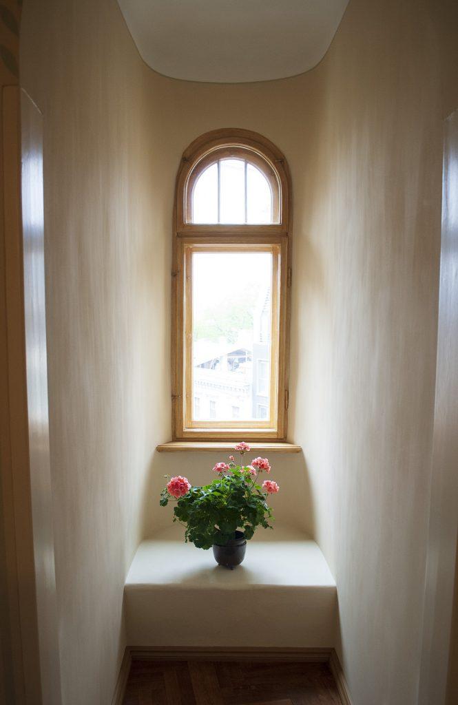 Окно в музее Яна Розенталя в Риге