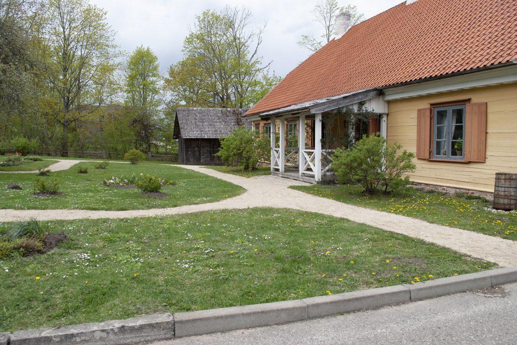 Дом с крыльцом в Турайде