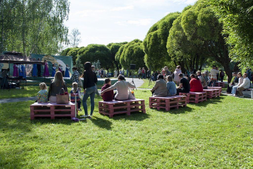 Фестивальная площадка в финнском парке