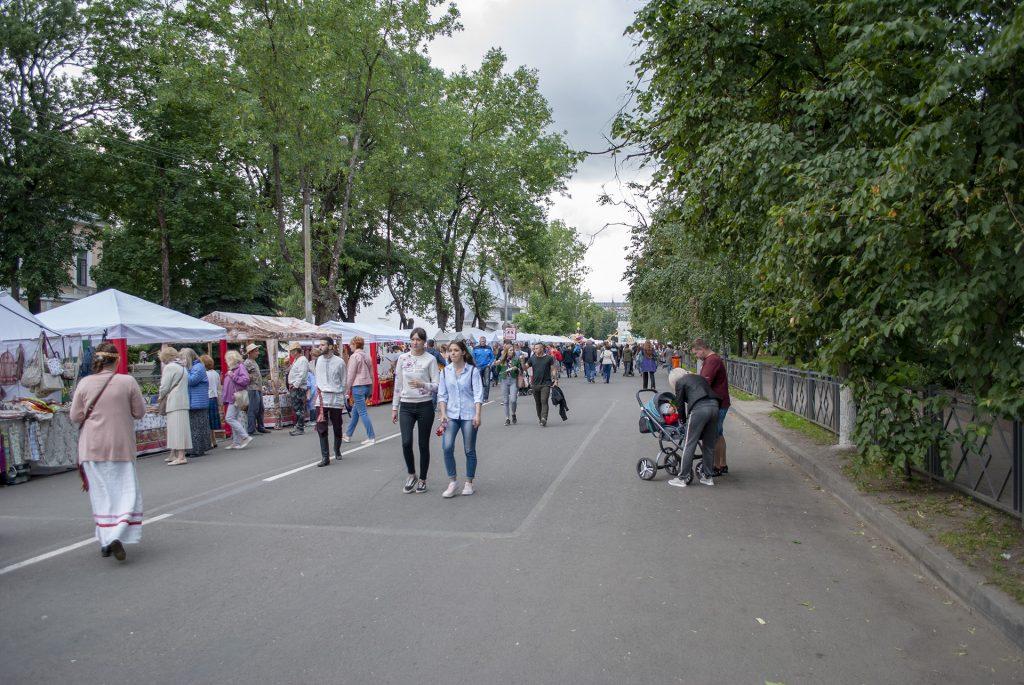 палатки на советской улице в ганзейские дни