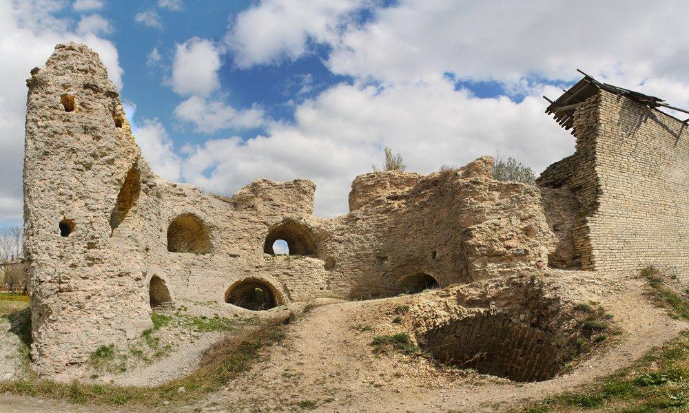 руины варлаамовской башни