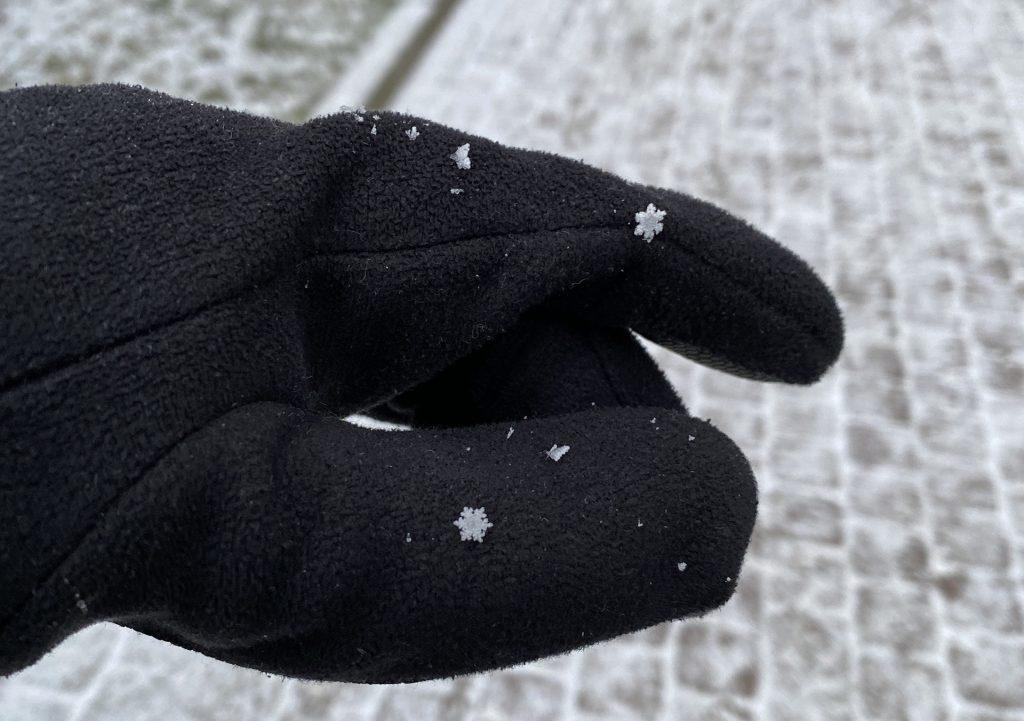 снежинки снятые на iphone 11 pro