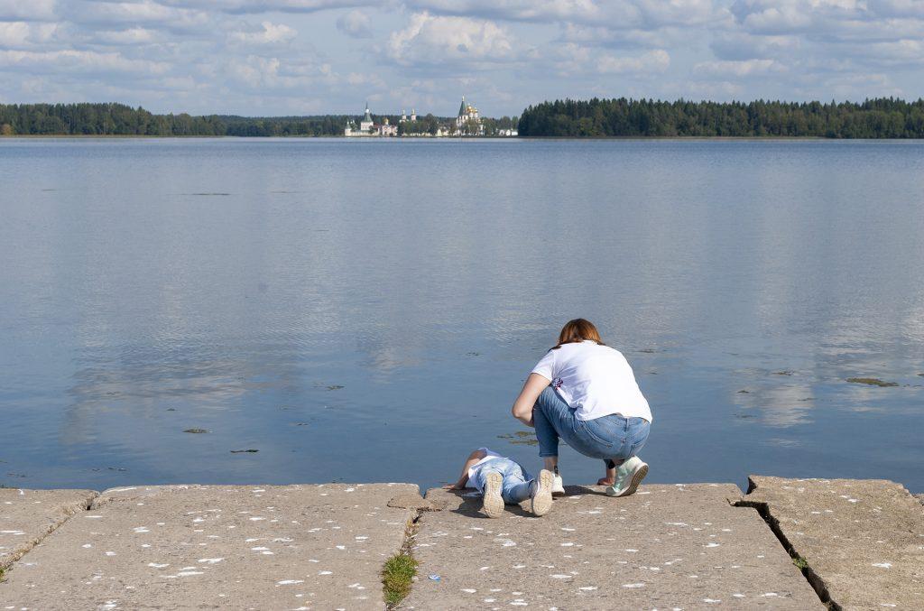 Пристань у озера в Валдае