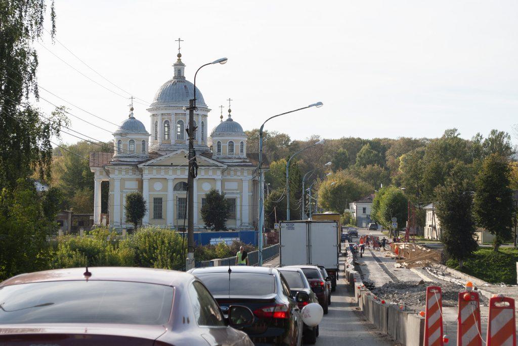 ремонт моста в Торжке