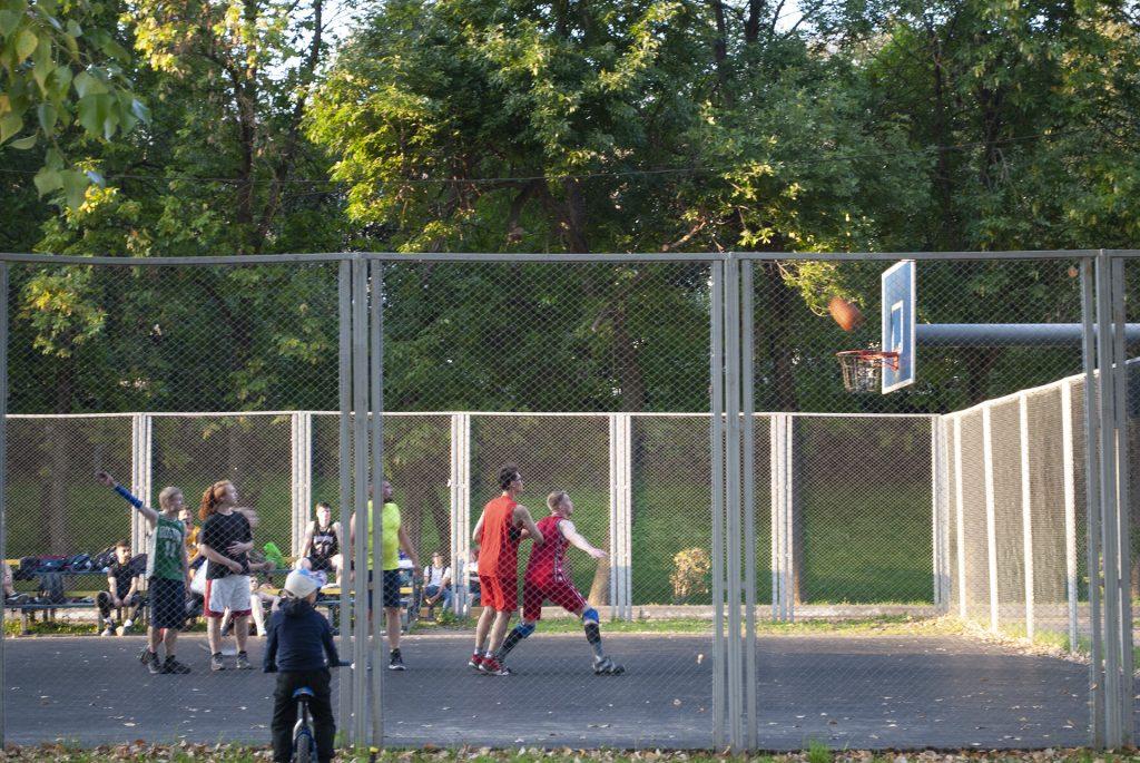 баскетбол на набережной в твери