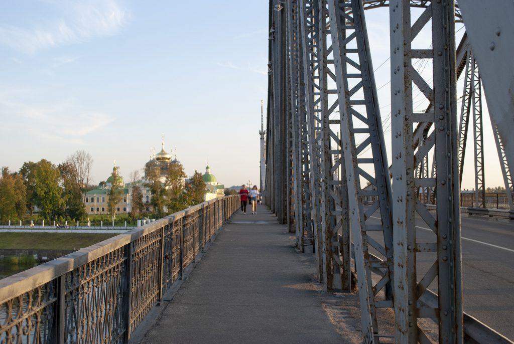 на старовложском мосту в Твери