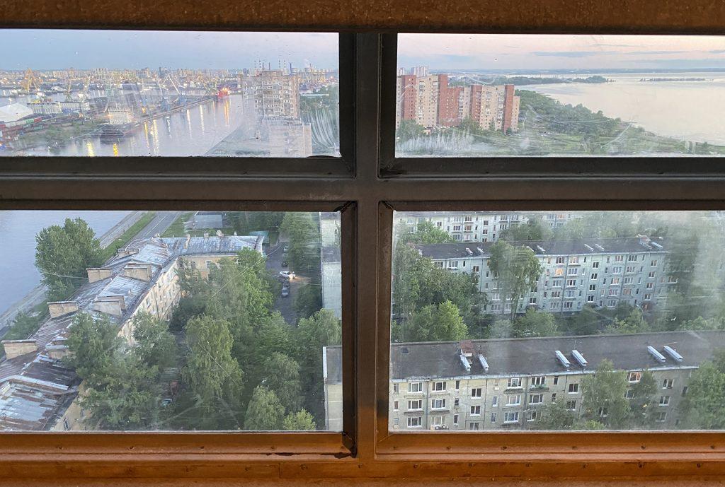 канонерка из окна ЗСД