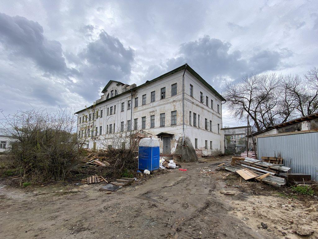 дом зворыкиных на ремонте