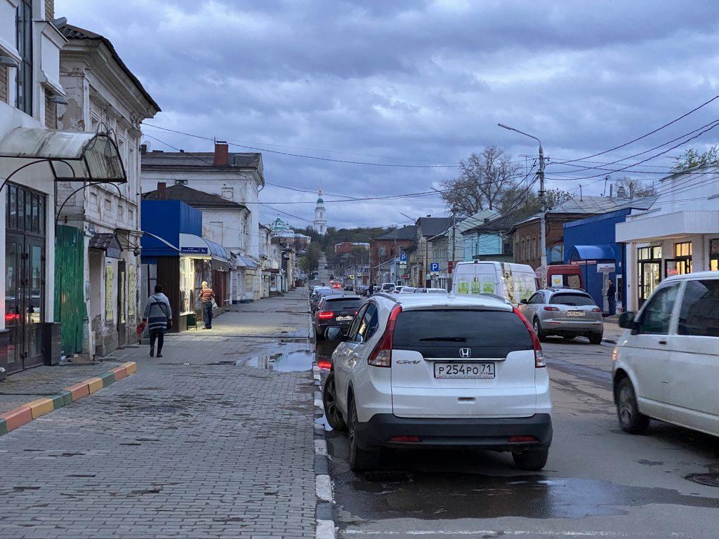 улица пирогова и Всехсвятский кафедральный собор в туле