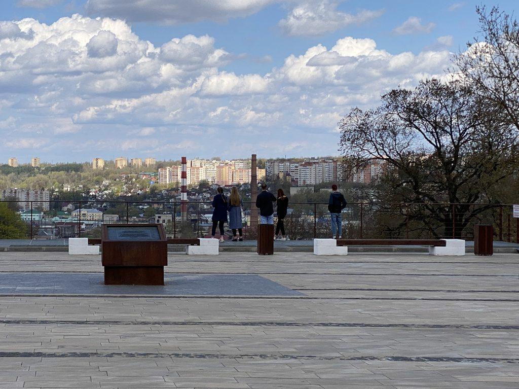 смотровая площадка у памятника павшим войнам в смоленске